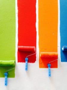 kolor podczas malowania ścian